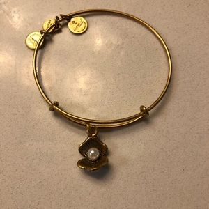 Alex and Ani Clam and Pearl Bracelet